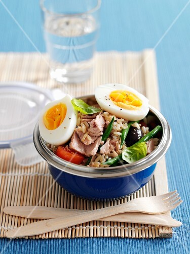 Salad nicoise with rice and tuna