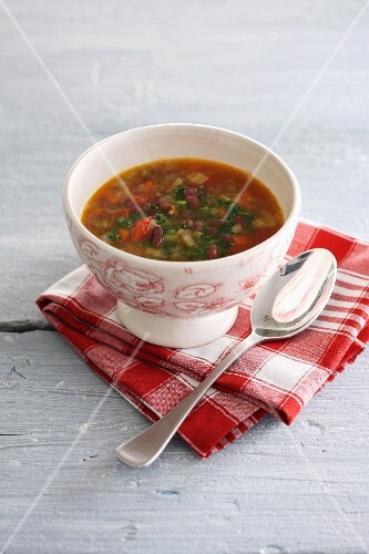 Vegetable soup with azuki beans