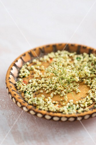 Dried elderflowers