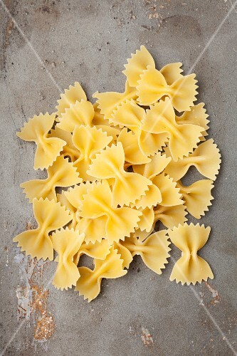 A pile of farfalle pasta