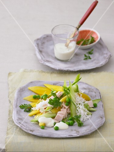 Rice salad with mango