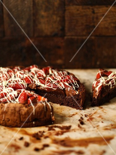 Gluten-free chocolate cake with strawberries