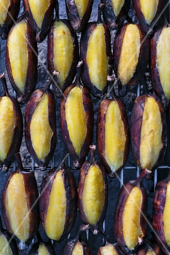 Grilled bananas on a grill (Thailand)