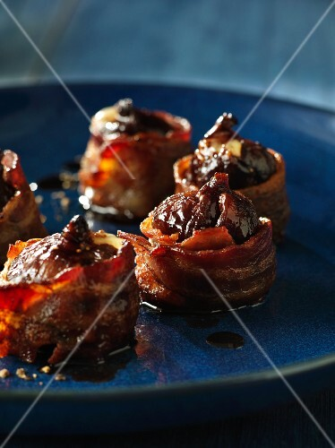 Roasted figs wrapped in bacon