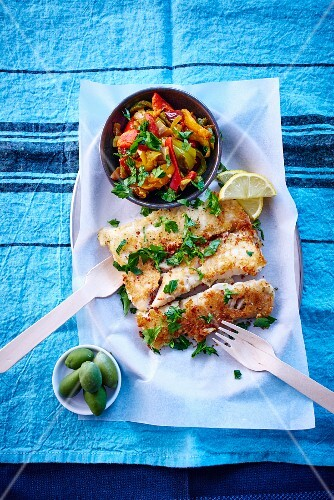 Cod fillets with a pepper medley (seen from above)