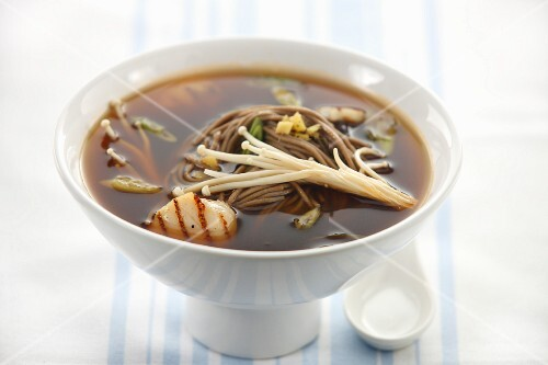 Scallop soup with noodles and mushrooms