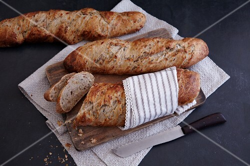 Homemade leek baguettes with walnuts