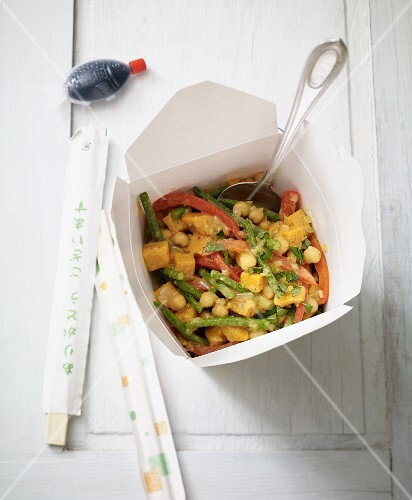 Sweet potato curry with chickpeas to takeaway