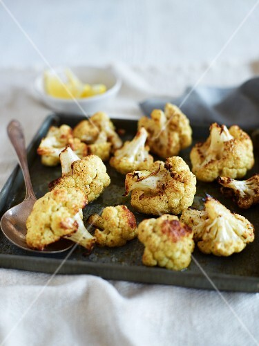 Spicy oven-baked cauliflower