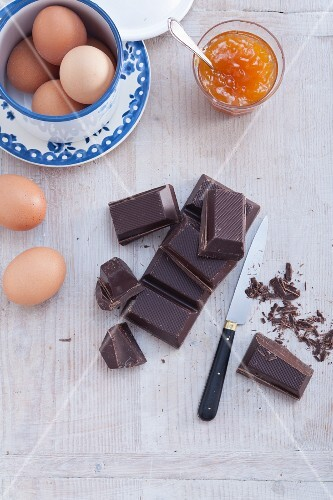 Ingredients for Sachertorte: dark chocolate, eggs and yellow plum jam