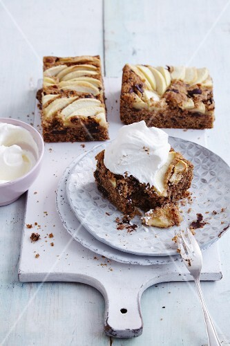 Gluten-free apple Madeira cake with chocolate chips and cream