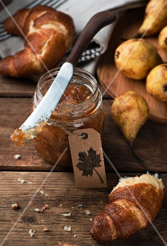 Homemade pear jam
