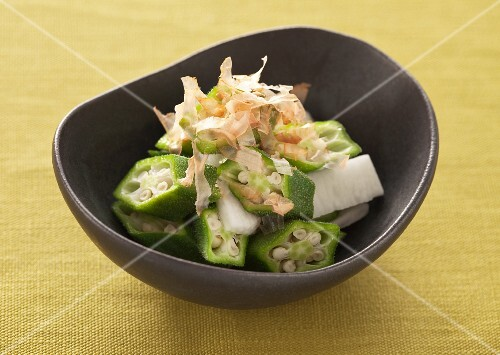 Okra with dried bonito flakes (Japan)