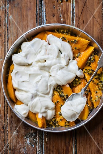 Mango, passion fruit and yoghurt gratin before being baked