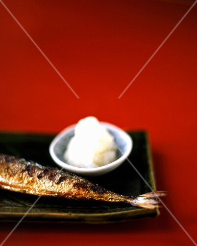 Grilled hake with grated radish (Japan)
