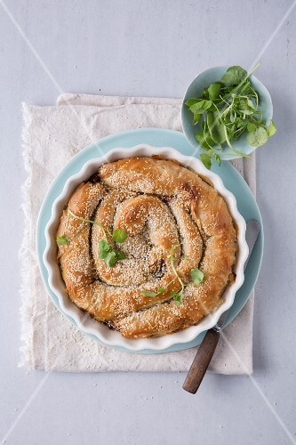 Kale, dried tomato and goat's cheese pie