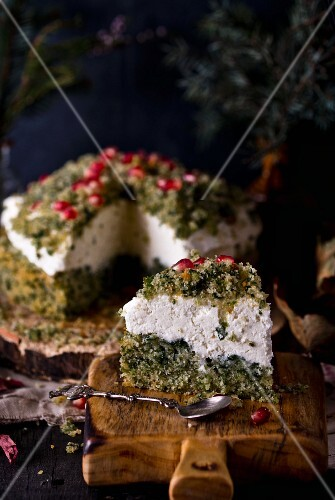 Sweet spinach cake with pomegranate seeds