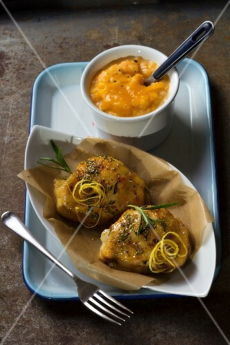 Sweet and salty chicken with mashed sweet potatoes
