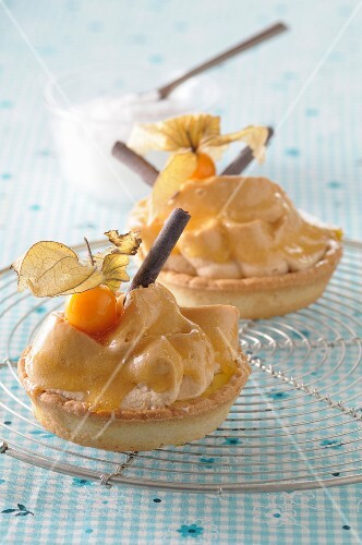 Tartlets with chestnut cream