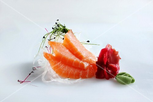 Salmon sashimi with bean sprouts and wasabi