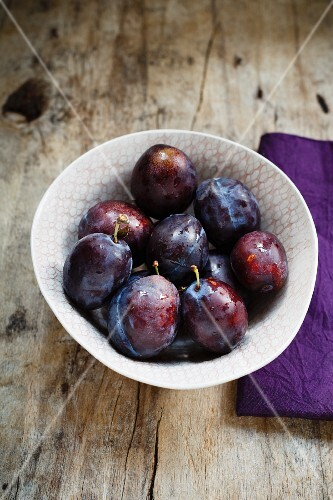 A bowl of damsons