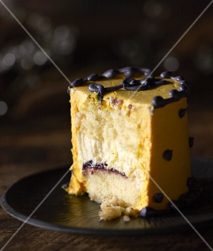 A yellow pudding cake, sliced