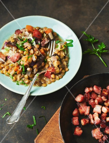 A lentil medley with bacon