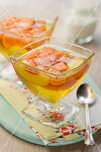 Peach and melon jelly