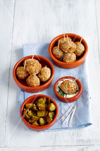 Oven-baked pork meatballs with carrots and buckwheat, jalapeños and a yoghurt and mint dip
