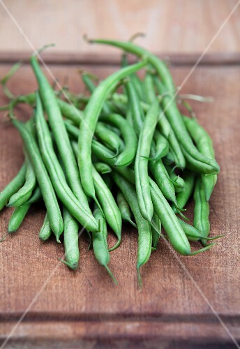 A pile of green beans