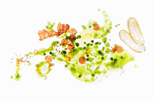 Pea soup with bacon