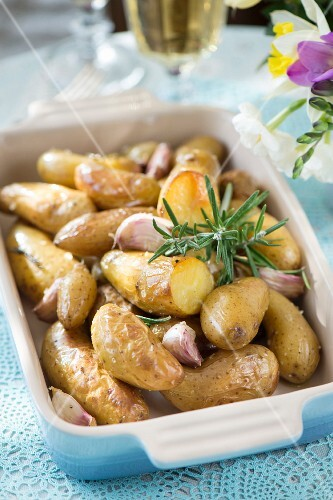 Oven baked potatoes with rosemary and garlic for Easter