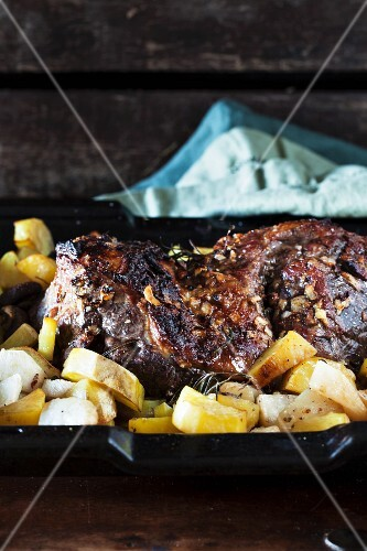 Leg of lamb with a rosemary marinade