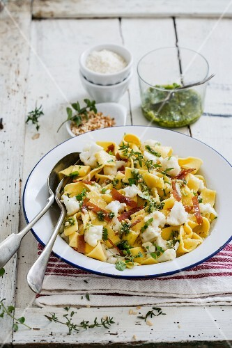 Pappardelle with pesto, prosciutto and cauliflower
