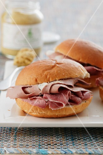Ham and foie gras sandwiches with mustard