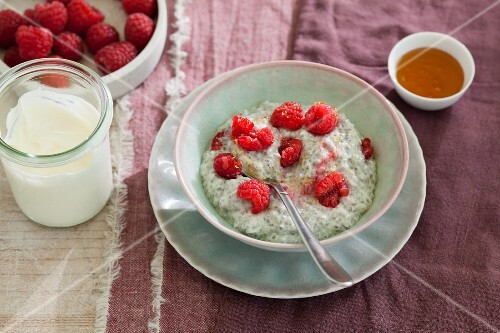 Overnight chia with raspberries
