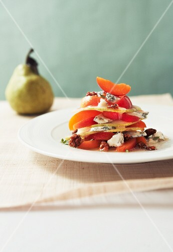 Pears and apricots with Roquefort cheese and walnuts