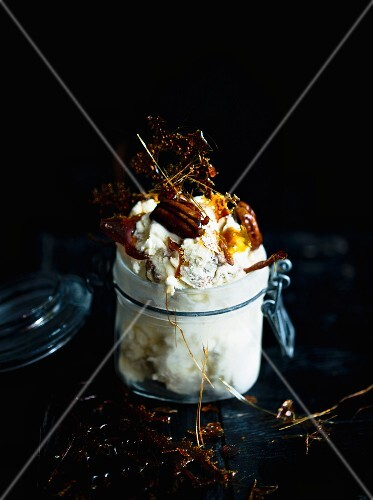 Ice cream with nut brittle