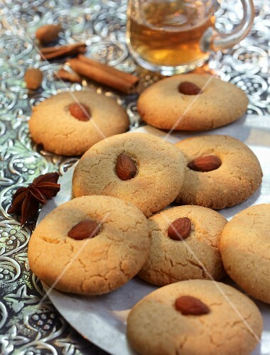 Nankhatai (spiced biscuits made with flour and ghee, India)