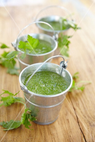 Parsley smoothies