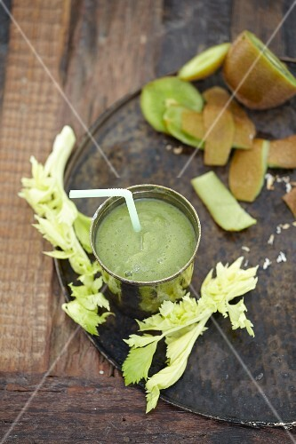 A celery and kiwi smoothie