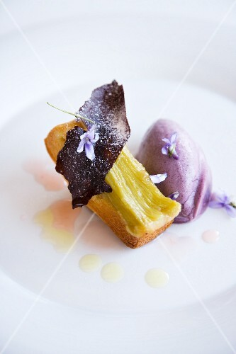 Rhubarb cakes with purple violet ice cream