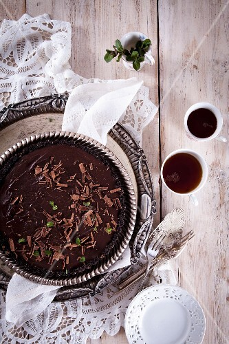 Chocolate mint tart with an Oreo base (no-bake)
