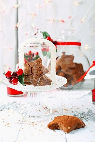 Gluten-free gingerbread with Christmas decorations