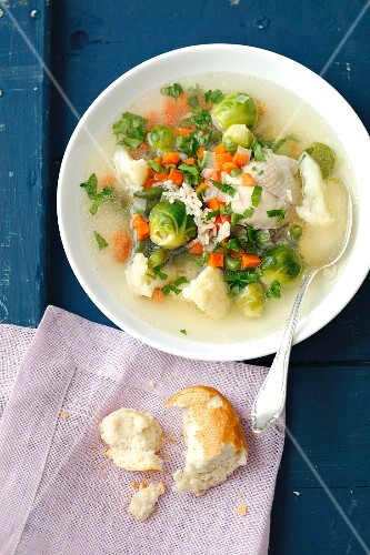 Minestrone with chicken, Brussels sprouts, carrots and cauliflower