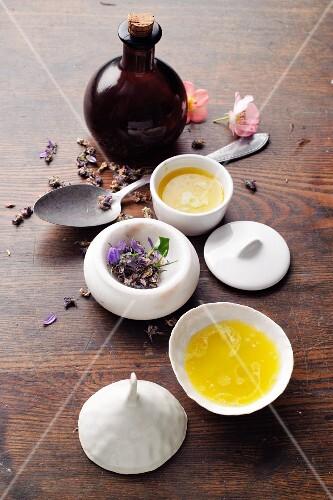 Homemade violet salve à la Hildegard von Bingen