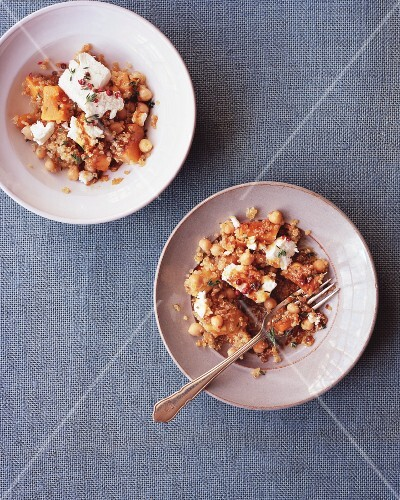 Quinoa and chickpea salad with squash and goat's cheese
