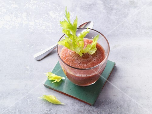 Tomato, celery and watermelon smoothie