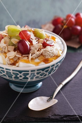 Greek yoghurt with fruit, halva and honey