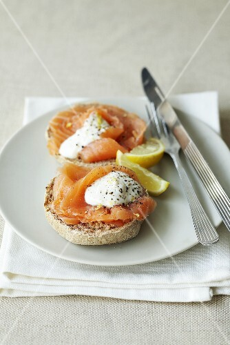 Wholemeal roll topped with smoked salmon